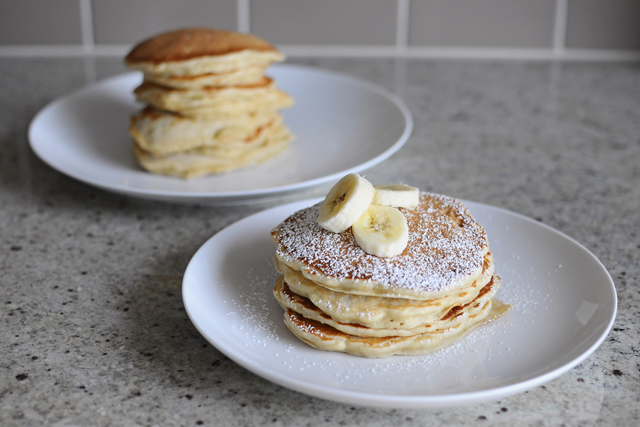 Post image for Simple Banana Pancakes