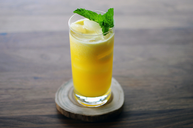 Post image for Pineapple Apple Mint Juice